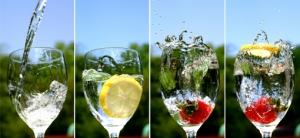 http://gfoodrecipe.files.wordpress.com/2011/09/water-and-fruit-749872.jpg?w=300